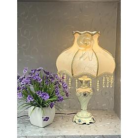 Đèn ngủ để bàn tân cổ điển sang trọng- đèn bàn hoa văn cho phòng ngủ 8912