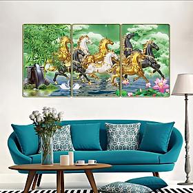 Tranh treo tường 3 tấm trang trí phòng khách, phòng ăn, phòng ngủ Mã Đáo Thành Công - Bát mã truy phong: 1316L10