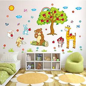 Decal dán tường cho bé hình cây táo