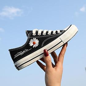 Giày sneaker nữ thấp cổ cúc họa mi thời trang trẻ, phong cách Hàn Quốc