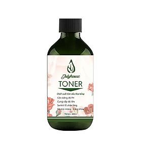 Toner chiết xuất tinh dầu Hoa Hồng 300ml JULYHOUSE giúp se khít lỗ chân lông, cân bằng PH, cung cấp độ ẩm và mịn màng cho da.