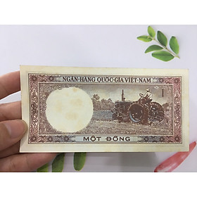 1 đồng xe may cày, tiền cổ thời bao cấp, tiền đẹp mới như hình, tặng phơi nylon bảo vệ tiền