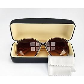Mắt kính mát nữ thời trang mã 8803. Bộ kèm hộp đựng kính và khăn lau kính.