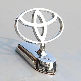 Logo hãng xe kim loại dán nắp capo xe ô tô