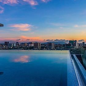 Combo 2N1D Premier Pearl Vũng Tàu Beach Hotel 4*. Bữa sáng miễn phí, vé xe ghép limousine khứ hồi.