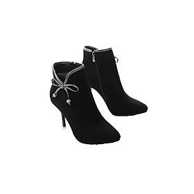 Giày boot cao gót cá tính B079D (Đen)