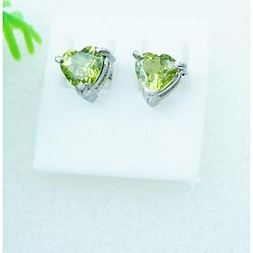 Bông tai nữ đá Peridot xanh lá tự nhiên mài giác trái tim 5.8mm