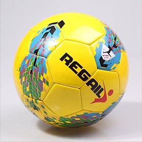 Quả bóng đá da PU cao cấp  số 5 Regail R5002