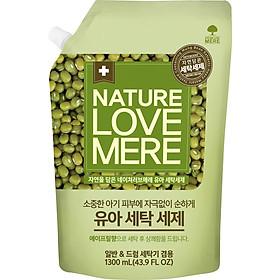 Nước Giặt Dịu Nhẹ Cho Bé Nature Love Mere Mung Bean Túi 1.3L