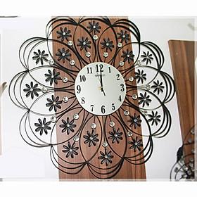 Đồng hồ hình hoa treo tường