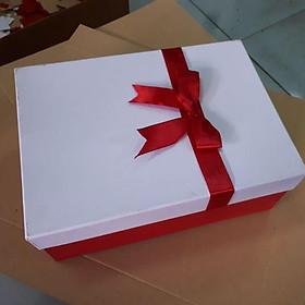 Hộp quà nắp nơ 12x21x5 (giao màu ngẫu nhiên)