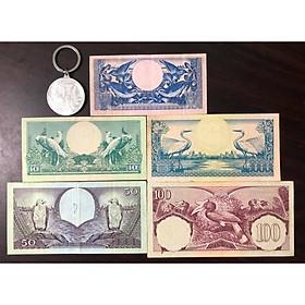 Bộ tiền cổ Indonesia 5 tờ in hình con chim sưu tầm (kèm móc chìa khóa Bitcoin lạ mắt)