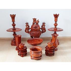 Bộ đồ thờ bằng gỗ hương (Gia Lai) 9 món