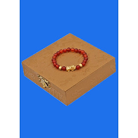 Vòng đeo tay đá Mã Não đỏ 6 ly cẩn Tỳ Hưu inox vàng VMNOTHHBV6 HỘP GỖ - hợp mệnh Hỏa, mệnh Thổ