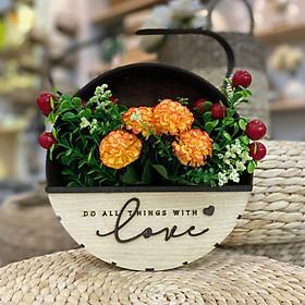 Giỏ hoa treo tường trang trí nhà cửa chữ Love (Bao gồm Hoa)