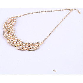 Pearl Necklace Gold