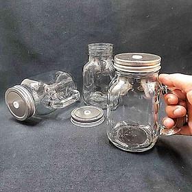 Combo 3 ca đựng nước thủy tinh có quai có nắp đậy 600ml – cốc uống nước thuỷ tinh có nắp thiếc với lỗ cắm ống hút – đựng trà sữa, cafe, nước ép, sữa tươi độc đáo