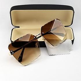 Mắt kính nữ ốc tròng không viền 7K2116 màu xám khói, nâu râm mát và dịu mắt. Tròng kính chống nắng, chống tia UV, gọng kim loại ôm mặt