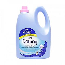 Nước xả vải Downy Hương Nắng mai 4L (Dạng chai)