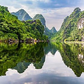 TMB9. Tour ghép Miền Bắc 5N4Đ Hà Nội - Vịnh Hạ Long - Hang Múa - Tràng An - Hoa Lư (Ngủ đêm trên du thuyền Hạ Long, chèo thuyền kayaking)