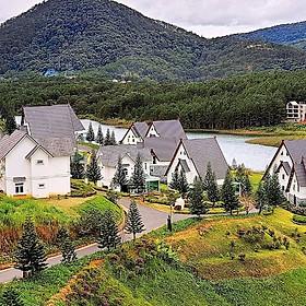 Đà Lạt Wonder Resort 4*- Ưu Đãi Tháng 6  Buffet Sáng, Hồ Bơi Vô Cực, Xe Đưa Đón Trung Tâm, Miễn Phí Tham Quan Vườn Dâu, Vườn Rau, Khách Sạn Bên Hồ Tuyền Lâm Cực Đẹp