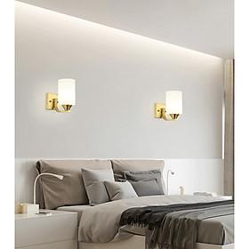 Đèn Gắn Tường Trang Trí Phòng Ngủ, Hành Lang Và Cầu Thang 8008 Có Tặng Kèm Bóng