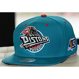 Mitchell & Ness Detroit Pistons NBA 50th Big Logo Snapback