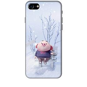 Ốp lưng nhựa cứng nhám dành cho iPhone 8 in hình Heo Con Đón Tuyết