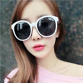 Mắt kính đi biển vừa phong cách thời trang vừa bảo vệ mắt tránh những tia độc hại siu hot hit KM11