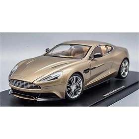 Xe Mô Hình Aston Martin Vanquish 2015 1:18 Autoart - 70248 (Bạc)