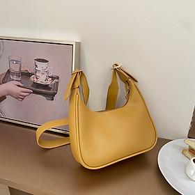 Túi đeo chéo da trơn chất da mềm đẹp thiết kế phong cách đơn giản QN021220