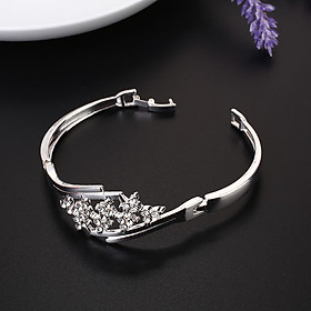 8 Type Bracelet Hand Chain Fashion CJewelry Decor Metal Exquisite For Lady