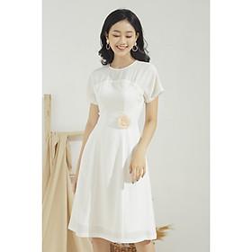 Đầm xòe nữ GUMAC thiết kế phối đăng ten kèm phụ kiện hoa xinh xắn chất liệu Linen gân mát mẻ DA622