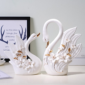 Đôi thiên nga trắng gốm sứ vẽ vàng mới 2019