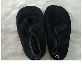 Giày đá cầu mỏ vịt