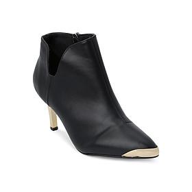 Giày Boot Nữ Cổ Thấp Chữ V Rosata RO37 - Đen