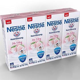 Lốc 4 Hộp Sữa nước Nestlé Dâu Trắng 180ml