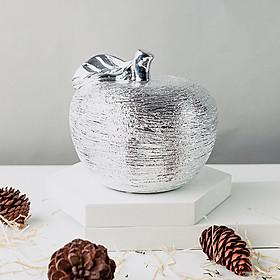 Tượng trái táo ánh bạc bằng gốm sứ cao cấp DS004