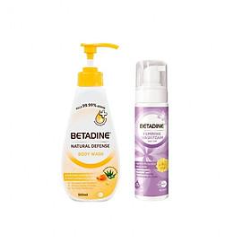 Combo sữa tắm kháng khuẩn Betadine hương mật ong Manuka chai 500ml + Bọt vệ sinh phụ nữ Betadine Gentle Protection - chai 100ml