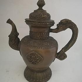 Bình đựng trà lớn bằng đồng giả cổ