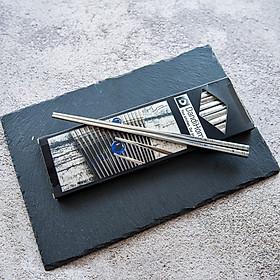 01 hộp đũa Inox 304 cao cấp DandiHome (10 đôi) chống trơn trượt