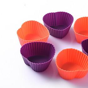 Bộ 10 khuôn hình trái tim làm bánh cupcake bằng silicon giao màu ngẫu nhiên