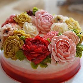 Hình ảnh Xử lý chất liệu Chantyflix Cream trong trang trí bánh kem – Ngon, lành, đẹp, dễ