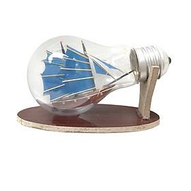 Mô hình thuyền gỗ trong bóng đèn thủy tinh N3