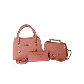 Hình đại diện sản phẩm Bộ 3 túi xách và ví quai chuông nữ da vân cá sấu H49H - Màu hồng phấn (Gồm 2 túi và 1 ví)