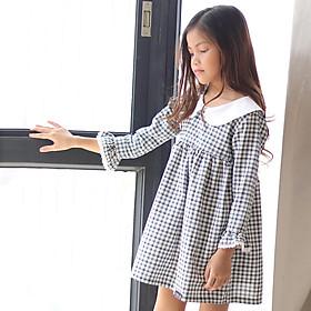 Đầm Bé Gái Caro Trắng Đen Tay Dài KIKA K063