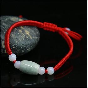 Ngọc lục bảo vòng tay dây màu đỏ 01