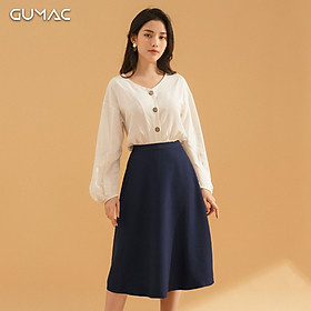 Áo sơ mi công sở nữ Gumac thiết kế tay dài phồng, cổ tim nút màu gỗ, chất vải xô chéo bóng tạo sự thanh thoát, lịch sự AA764