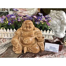 Tượng phật Di Lặc ngồi cầm thỏi vàng phong thủy đá cẩm thạch vân gỗ - Dài 20 cm