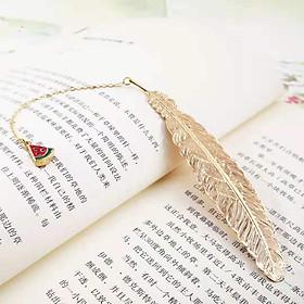 Bookmark Kim Loại Đánh Dấu Sách Hình Lông Vũ Dây Treo - Dưa Hấu